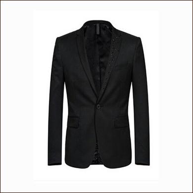 纯黑色男士一粒扣西装款式图片