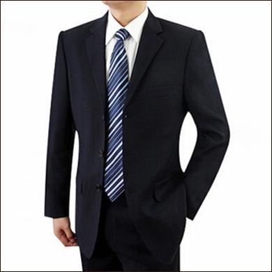 黑色男士修身款三粒扣西装款式图