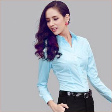 青色女式衬衫