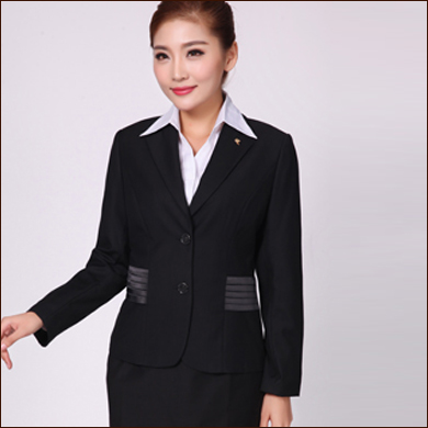 收腰职业装款式黑色女式二粒扣小西装款式图