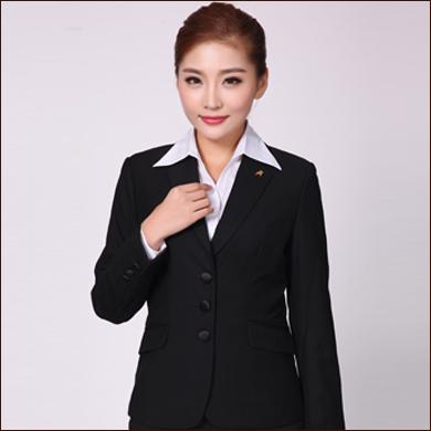 黑色职业装款女式三粒扣小西装